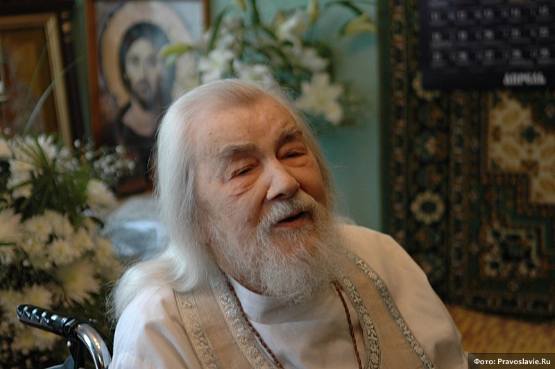 Архимандрит Иоанн (Крестьянкин) Источник: http://www.pravoslavie.ru/foto/image14651.htm