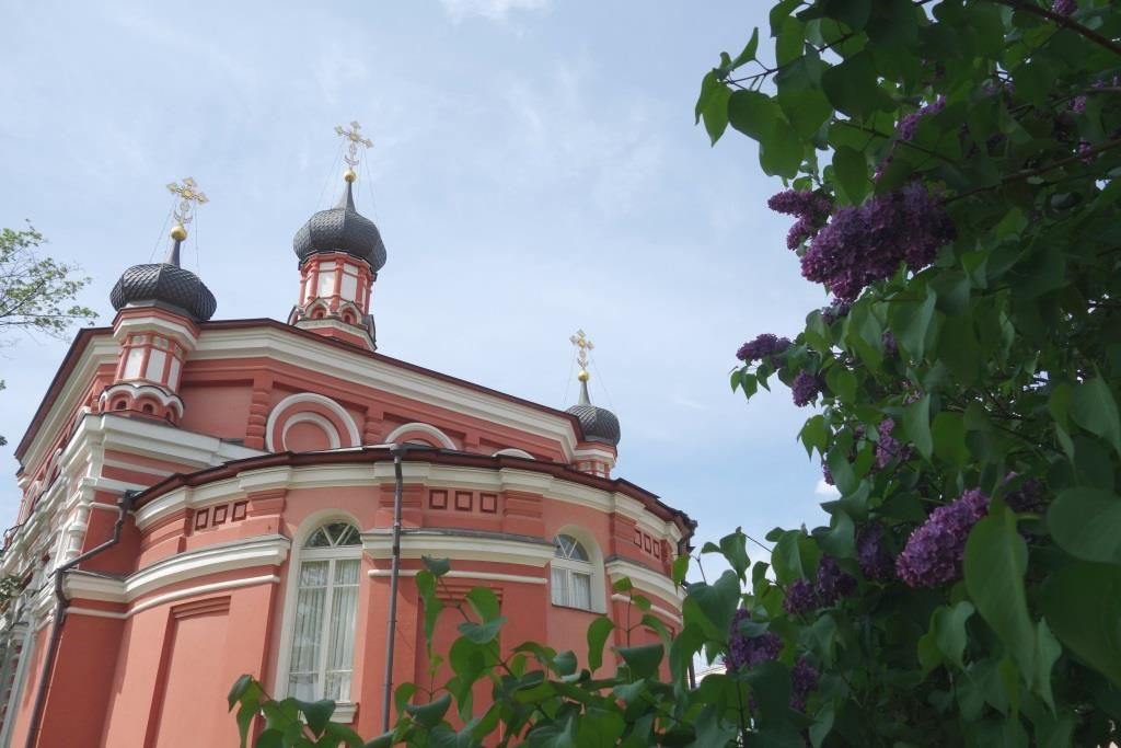 Храм Казанской иконы Божией Матери со стороны Алтаря