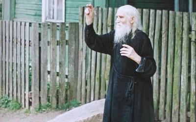 «Не унывай, а на Бога уповай». Краткие воспоминания о протоиерее Николае Гурьянове