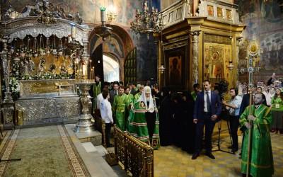 Святейший Патриарх КИРИЛЛ совершил малую вечерню с чтением акафиста преподобному Сергию