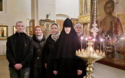 Волонтеры при НИИ скорой помощи им. Н.В. Склифосовского посетили нашу обитель